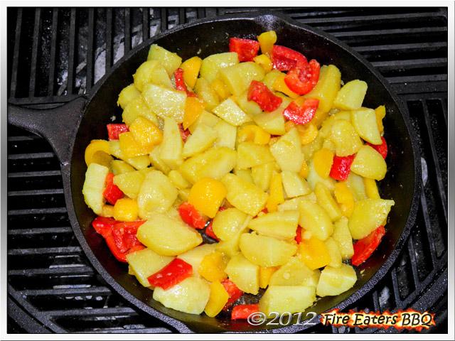 [Bild: KartoffelsalatmPesto0512_06.JPG]
