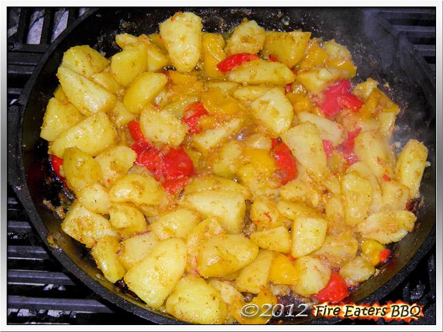 [Bild: KartoffelsalatmPesto0512_07.JPG]